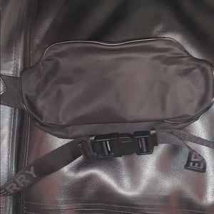 Burberry Fanny pack